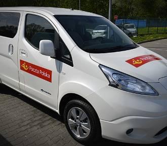 Pracownicy Poczty Polskiej będą wkrótce doręczać paczki samochodami elektrycznymi