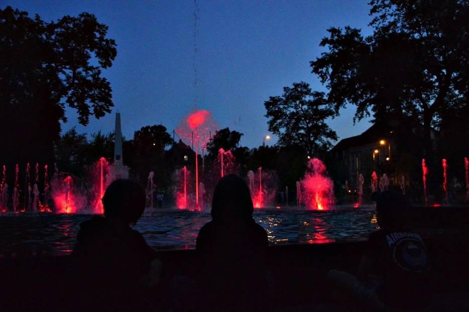 Próba generalna fontanny w Parku Słowiańskim