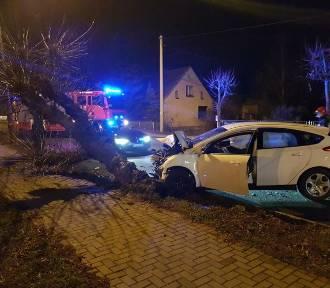 Niebezpieczny wypadek na ulicy Kolejowej w Nowym Tomyślu [ZDJĘCIA]