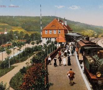 Tak w przeszłości wyglądały nasze dworce i stacje kolejowe. Dziś, niektóre z nich, to kompletna
