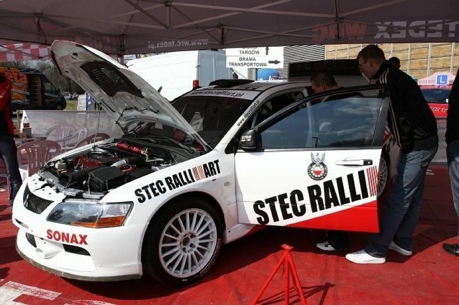 Mitsubushi Lancer Evo 9 WRC zespołu Stec Ralliart fot