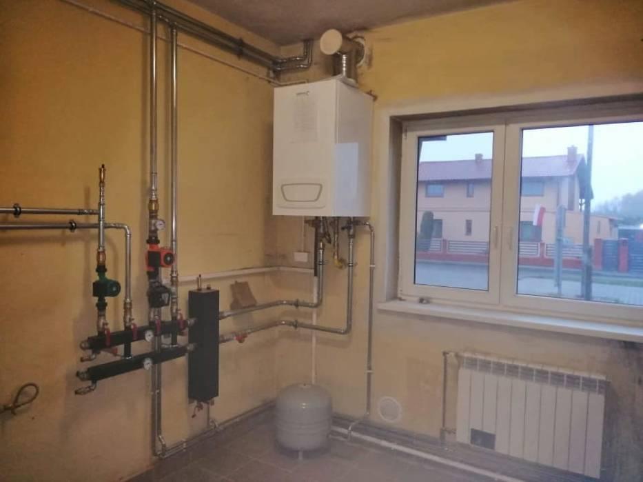 Zakończono montaż nowego systemu ogrzewania w świetlicy w Mościszkach