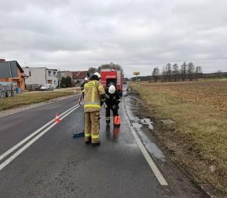 OSP Nądnia - wyjazd do rozlanego oleju - Droga Wojewódzka 302