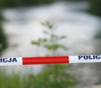 Starsza kobieta utonęła w jednym ze zbiorników pod Oleśnicą. Znana jest jej tożsamość