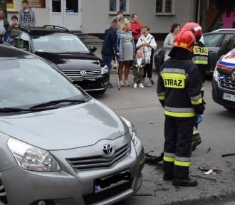 Nowy Dwór Gdański. Wypadek w centrum miasta. Ulica Sikorskiego była zablokowana