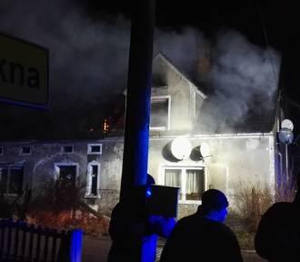 Duży pożar domu w Zielonej Górze Krępie [ZDJĘCIA, WIDEO]