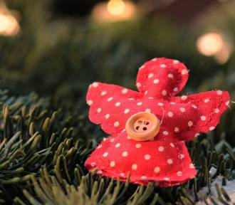 Powiat nowodworski. Uczniowie i podopieczni OREW będą tworzyć świąteczne ozdoby