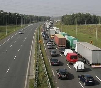 Wypadek na autostradzie A1. Trasa jest zablokowana