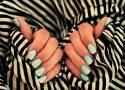 Paznokcie 2021: Trendy i inspiracje. Te kolory i wzory paznokci będą hitem w 2021 roku! Inspiracje na zimowe i wiosenne paznokcie ZDJĘCIA