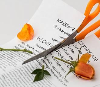 Liczba rozwodów w Łódzkiem rośnie