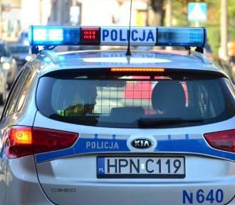 Staruszka potrącona na pasach. Policja szuka świadków