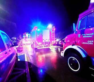 Nocna akcja strażaków. Pożar budynku w Limanowej