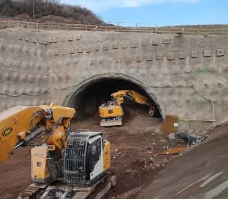 Rozpoczęło się drążenie gigantycznego tunelu na ostatnim odcinku S3 na Dolnym Śląsku