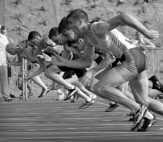 Trwają zapisy na jubileuszową XXXV Pszczewską Dwudziestkę - Półmaraton - Biegajmy Razem oraz