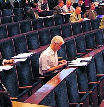 Już teraz Henryk Bonk będzie samotnie spędzał sesje Rady Miejskiej