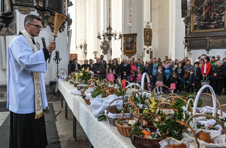 Episkopat Polski przekazał biskupom wytyczne