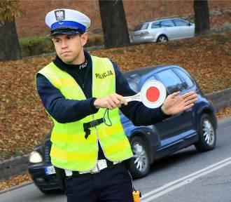 Uwaga! Wszędzie dużo policji. Miasta, miasteczka i wsie obstawione. To naprawdę duża Akcja Znicz