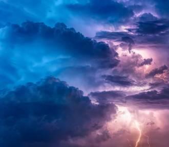 Spustoszyły inne miasta i idą do nas. IMGW ostrzega przed silnymi burzami