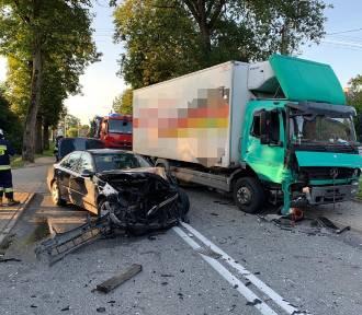 Słowino: Zderzenie dwóch Mercedesów, jedna osoba ranna [ZDJĘCIA] - 23.08.2019 r.