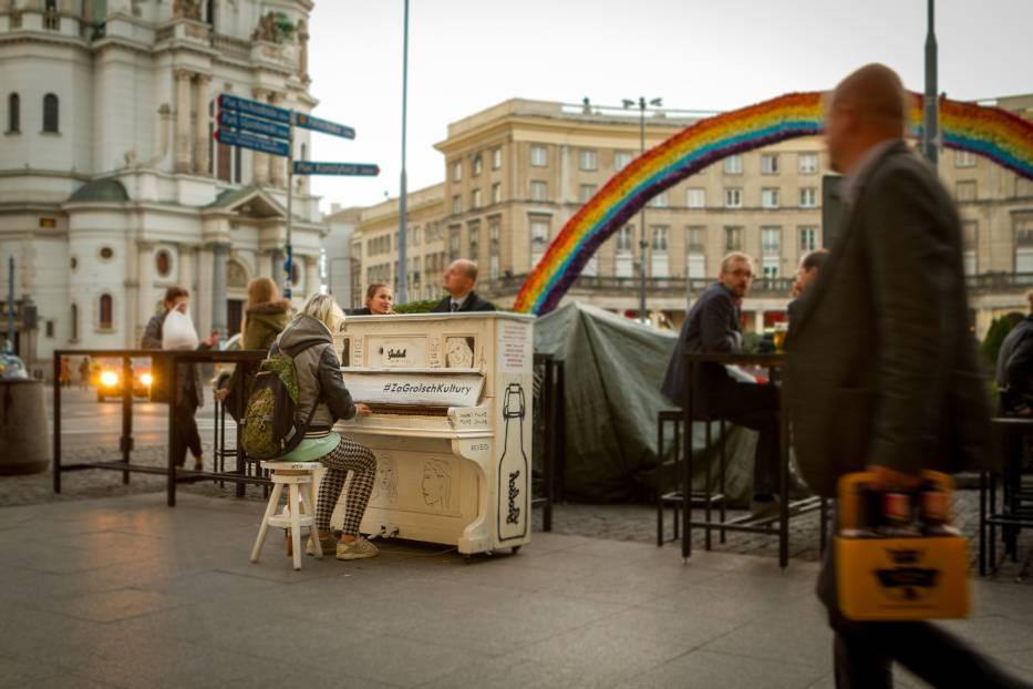 Pianina miejskie pojawiły się na ulicach Warszawy