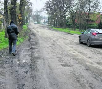 Gmina dołoży się do remontów dróg powiatowych