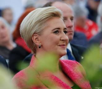 Otwarcie Domu Pomocy Społecznej w Żyrzynie. Gościem honorowym była Pierwsza Dama