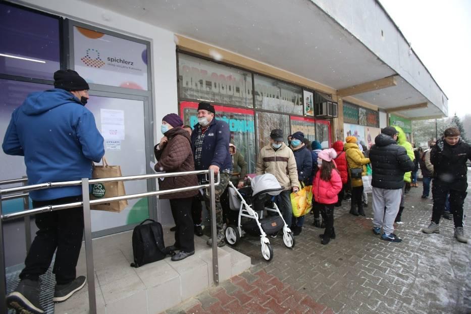 W grudniu 2020 roku sklep socjalny Spichlerz uruchomiono w Katowicach