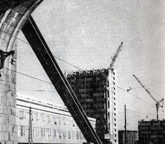 Wrocław. Manhattan na pl. Grunwaldzkim w budowie. Zobaczcie archiwalne fotografie