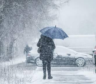Uwaga Rzeszów i sąsiednie powiaty. Ostrzeżenie IMGW: intensywne opady śniegu