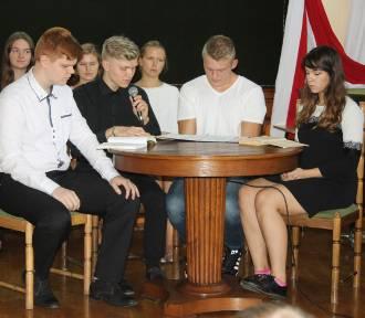 Narodowe czytanie w I Liceum Ogólnokształcącym im. H. Kołłątaja w Krotoszynie [ZDJĘCIA]