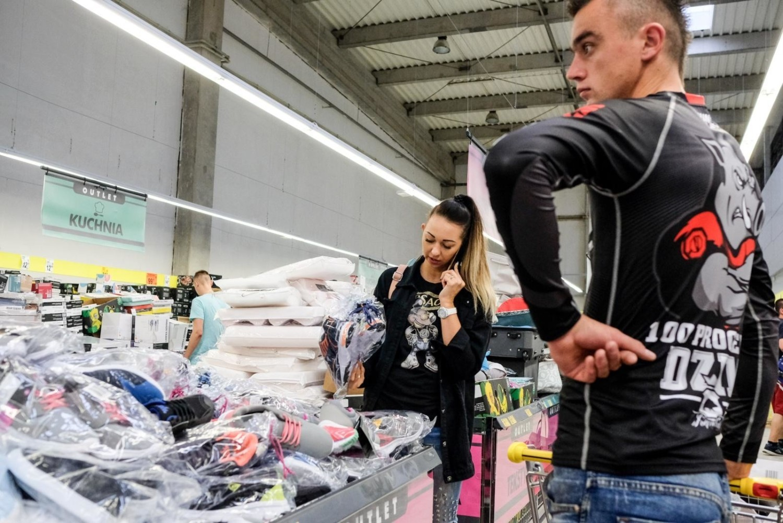 To pierwsza Biedronka Outlet w Polsce