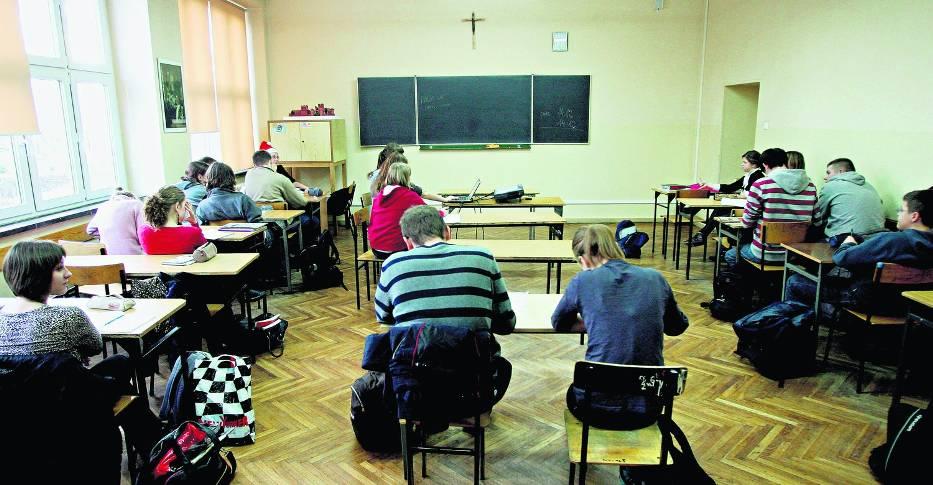 Na lekcje religii w szkołach podstawowych i gimnazjalnych naszego regionu uczęszcza 96 procent uczniów