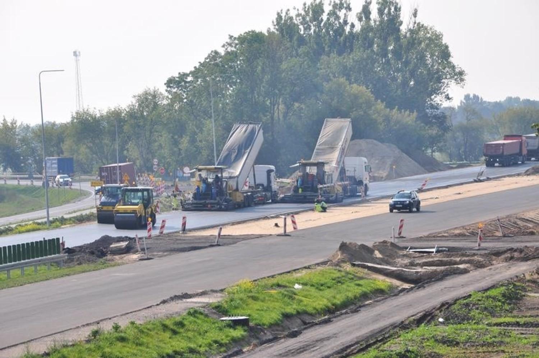 Tak wyglądał plac budowy na odcinkach: Wronczyn - Kościan Południe oraz Kościan Południe - Radomicko, czyli fragmentach drogi ekspresowej S5 Poznań - Wrocław