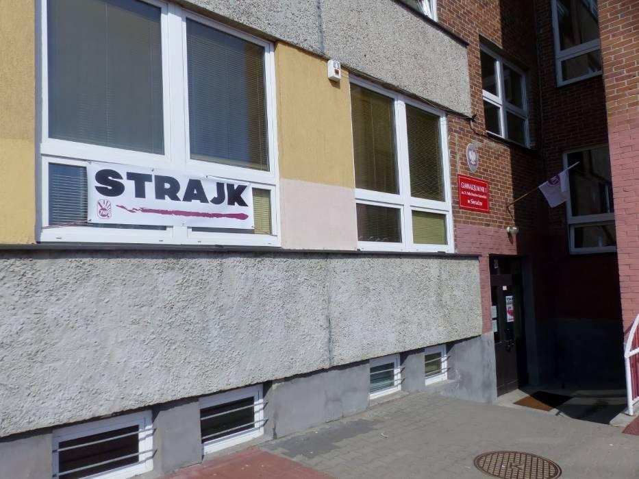 Strajk Nauczycieli W Sieradzu [ZDJĘCIA]