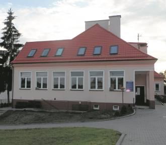 Szkoła w Piecach: Trwa batalia o placówkę