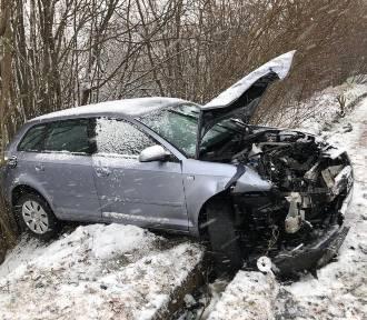 Wypadek na drodze powiatowej w Jaźwiskach