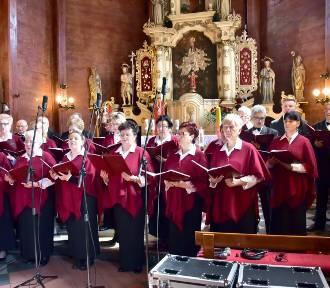 Niedzielny Koncert Wielkanocny w Starym Gołębinie [Zdjęcia]