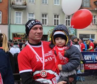 600 biegaczy wystartowało w Gnieźnie w Biegu Niepodległości. Poszukajcie siebie na zdjęciach