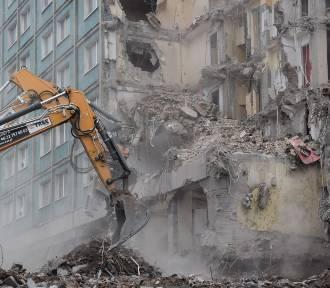 Piąty dzień rozbiórki hotelu Silesia w Katowicach ZDJĘCIA