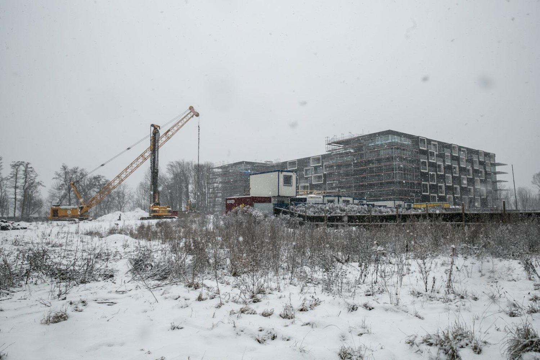 Po sąsiedzku trwa budowa aparthotelu Błonia Park