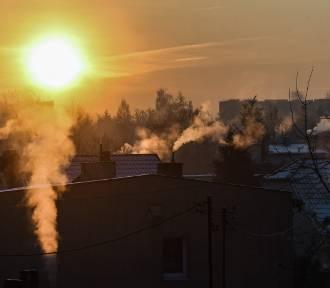 Smog w Jarosławiu. Jest ostrzeżenie. Zalecają aby jak najmniej wychodzić z domu
