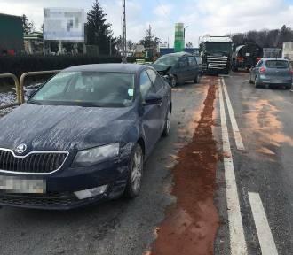 Wypadek w Brodnicy. Zderzenie trzech samochodów