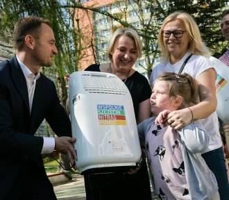 Przedszkola w Szczecinie dostały nowe oczyszczacze powietrza [ZDJĘCIA]
