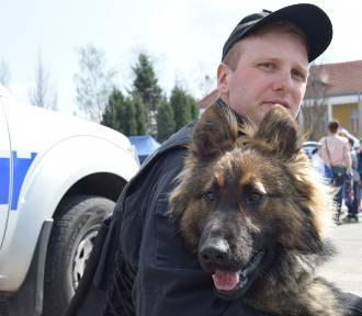 Piła. Policja opanowała Plac Staszica [NOWE ZDJĘCIA]