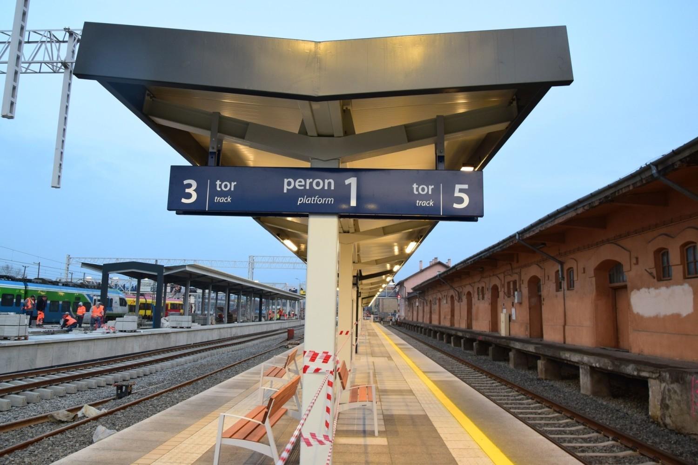 Przebudowa dworca PKP w Rzeszowie trwa od kilku miesięcy