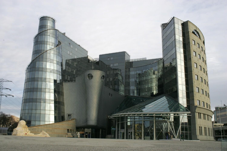 Najdziwniejsze budynki w Polsce. Zobacz TOP 15 najciekawszych obiektów w kraju