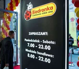 Ponad 400 książek w niskich cenach w Biedronce
