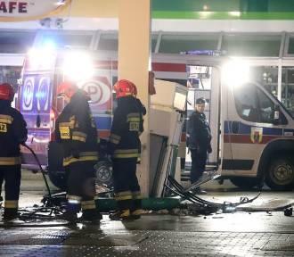 Pijana nastolatka wjechała w stację benzynową!