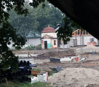 Powstają letnie baseny w Legnicy, będzie to Park Wodny AquaFun
