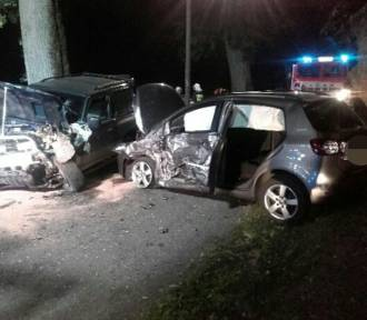 Janiewice: Zderzenie dwóch samochodów - jedna osoba ranna [ZDJĘCIA]
